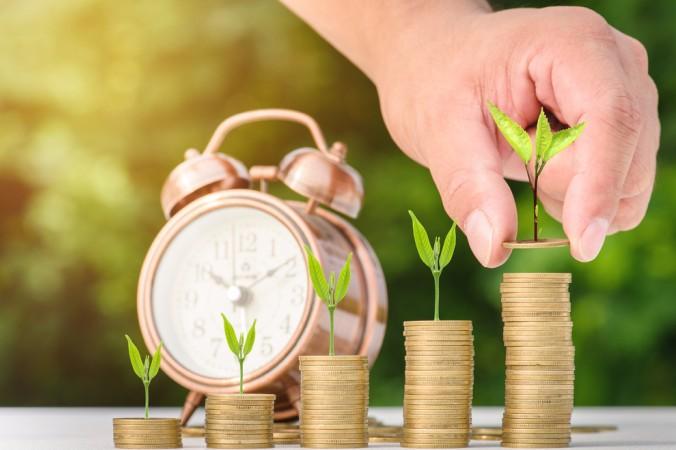 Vor Beginn der sicheren Baufinanzierung müssen Sie ihre derzeitige finanzielle prüfen: Das vohandene Eigenkapital ist die Grundlage, denn Eigenkapital reduziert den notwendigen Bedarf an Fremdkapital. (#2)